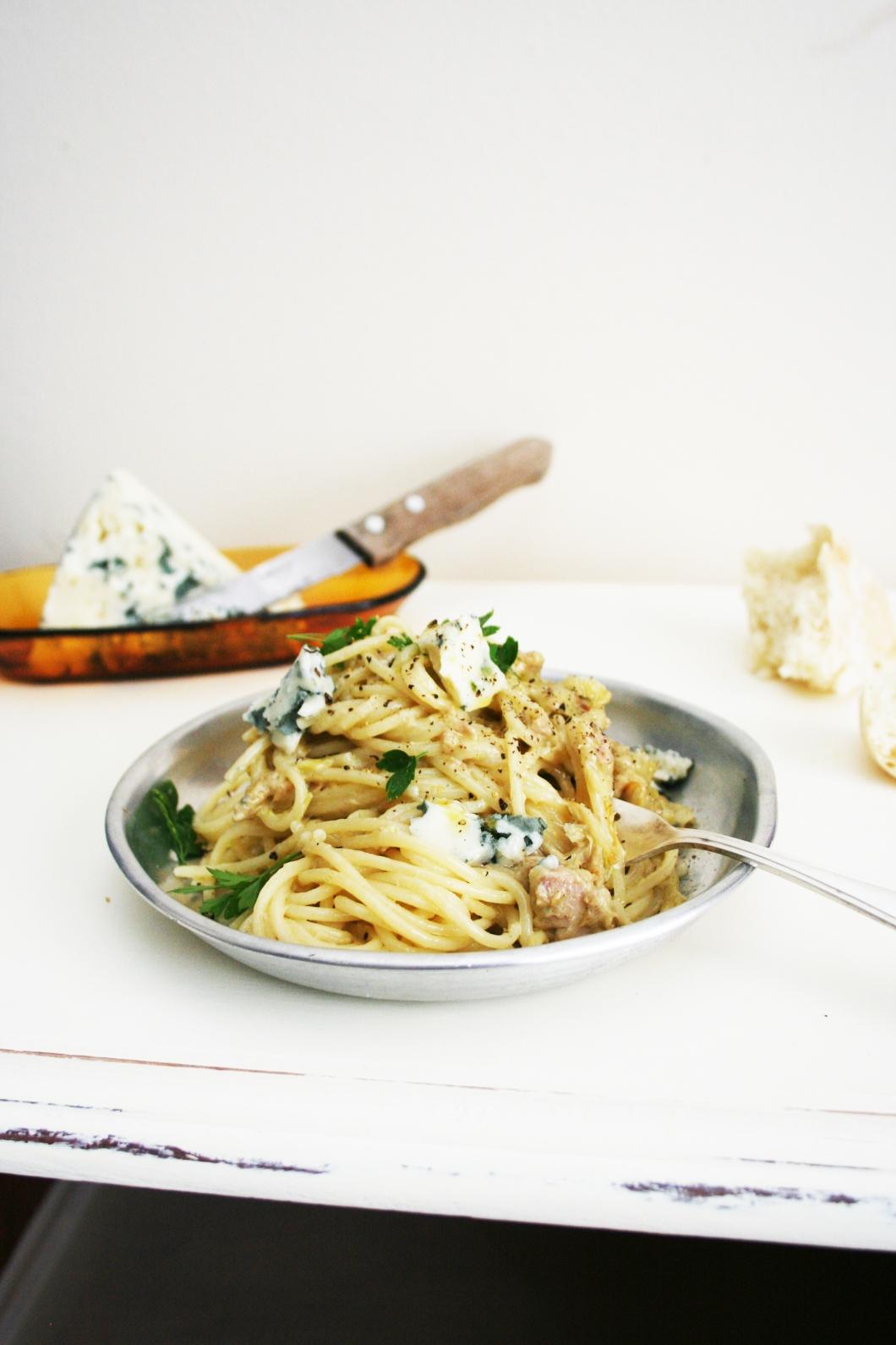 Spaguetti con Roquefort y Atún